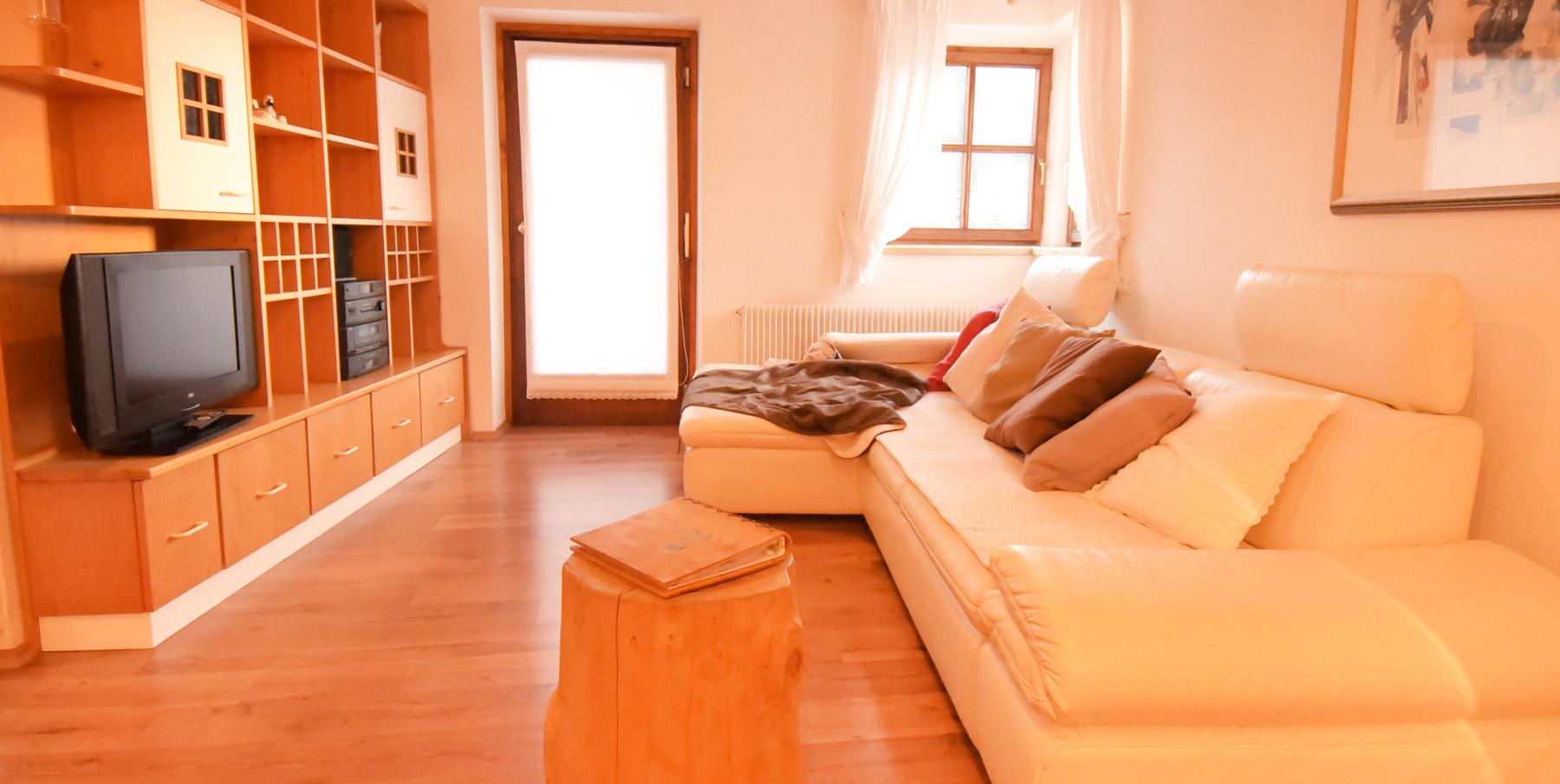 sonnenblume naturoase stegerhof. Black Bedroom Furniture Sets. Home Design Ideas